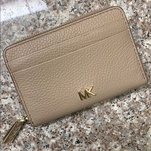 Michael Kors Pebble Leather  Coin/Card Case